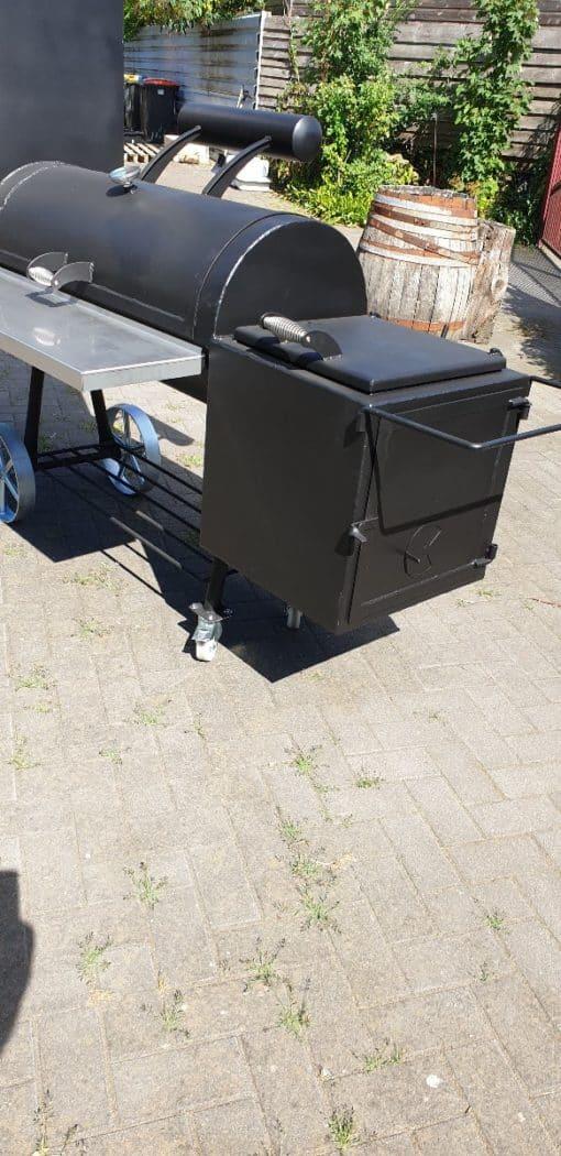 BBQ smoker vierkante kast 2