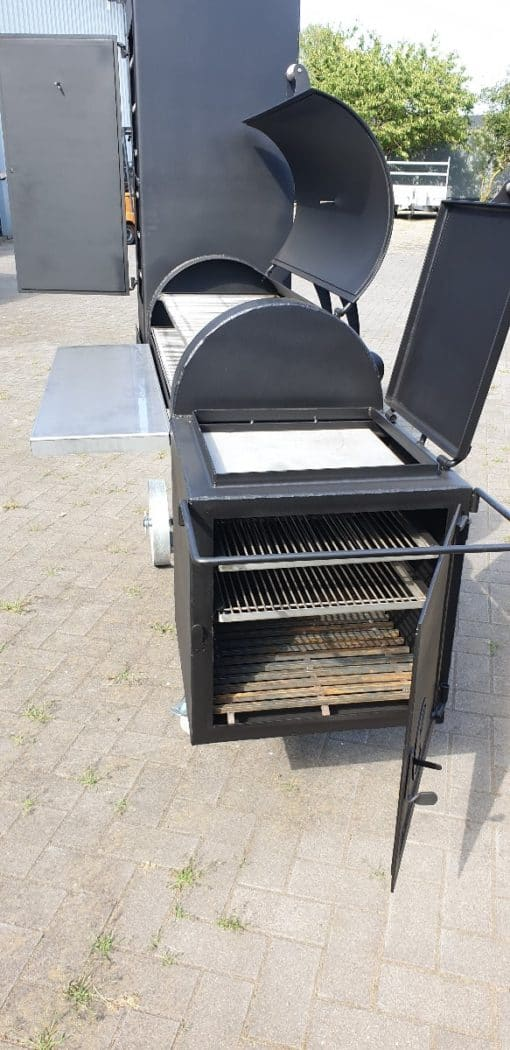 BBQ smoker vierkante kast 3